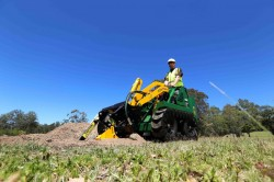 Kanga Loaders 7 series with trencher